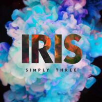 Simply Three - Iris